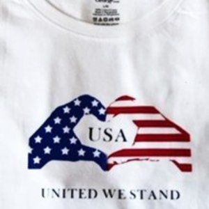 UNITED WE STAND - GRAPHIC TEE
